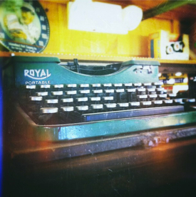 typewriter royal conway