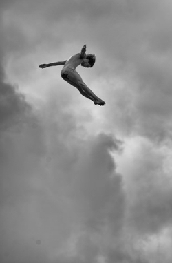 diving-clouds